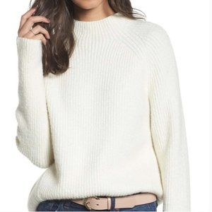Northfield Madewell fuzzy sweater in antique cream